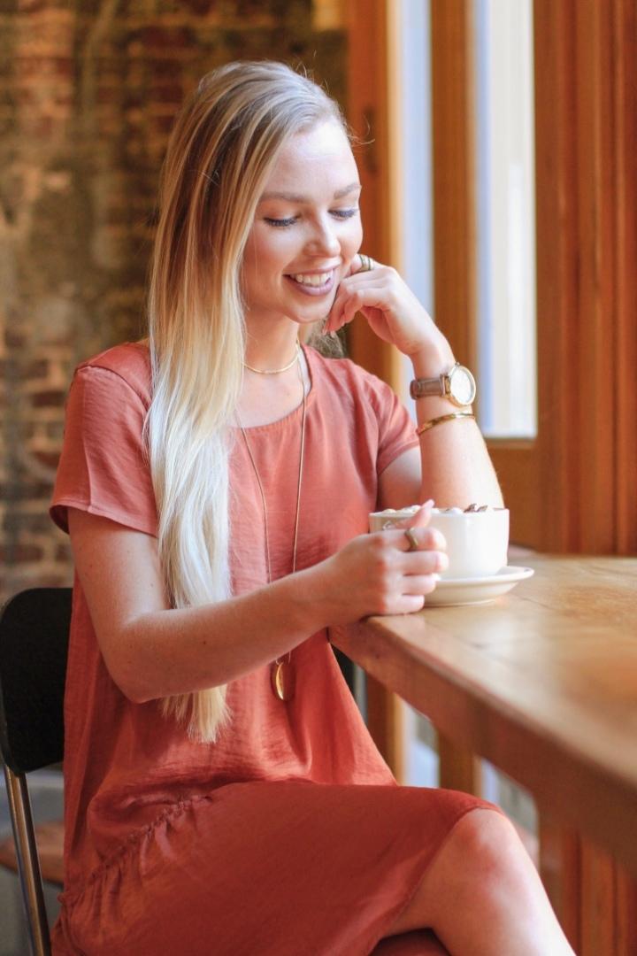 Best Little Dress + Cutest CoffeeShop